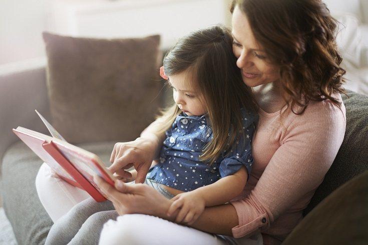 Con la lectura compartida también se aprende a entonar