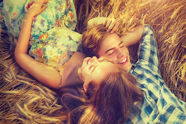 Cuando discutas sobre la relación, es aconsejable no presionar a tu adolescente