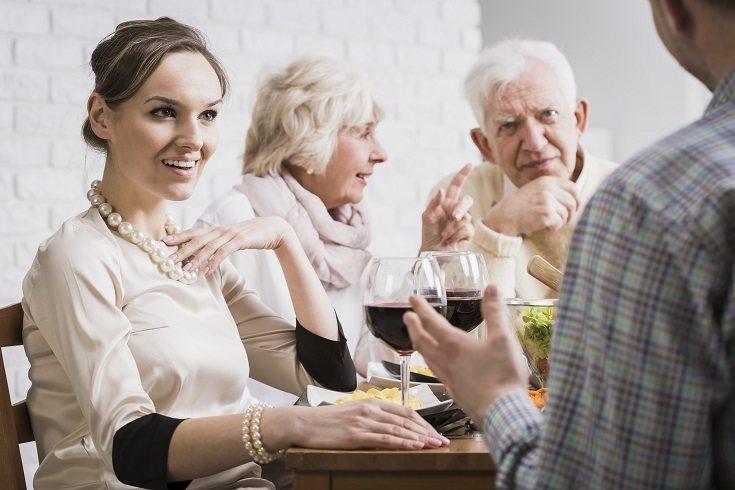 El apoyo social es un gran calmante para el estés, pero las relaciones también pueden provocártelo