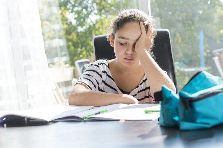 En el caso del trastorno de estrés postraumático en niños solo tenemos tres categorías
