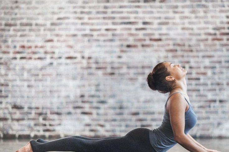 El yoga postparto debe centrarse en estabilizar y armonizar el núcleo