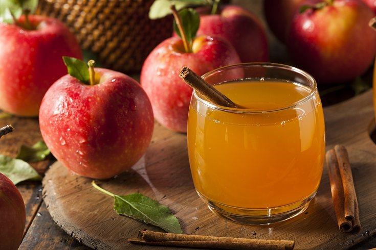 El zumo de manzana sirve para aliviar el estreñimiento infantil