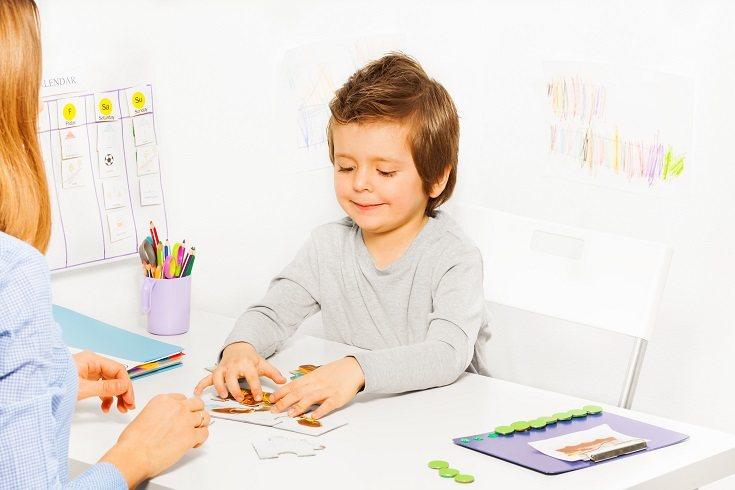 Es obvio que los niños autistas cuentan con problemas sociales