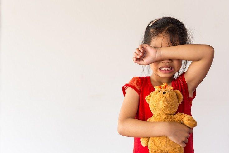 Explícale las consecuencias a corto y largo plazo del abuso y maltrato