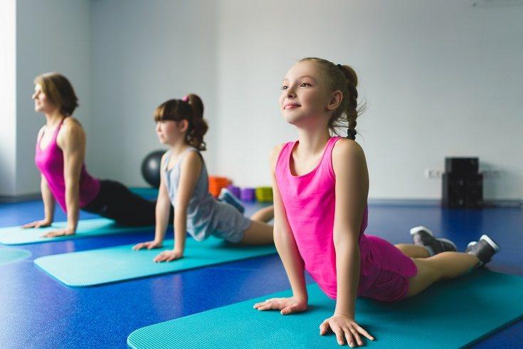 La educación física ayuda a los niños a fortalecer su coordinación