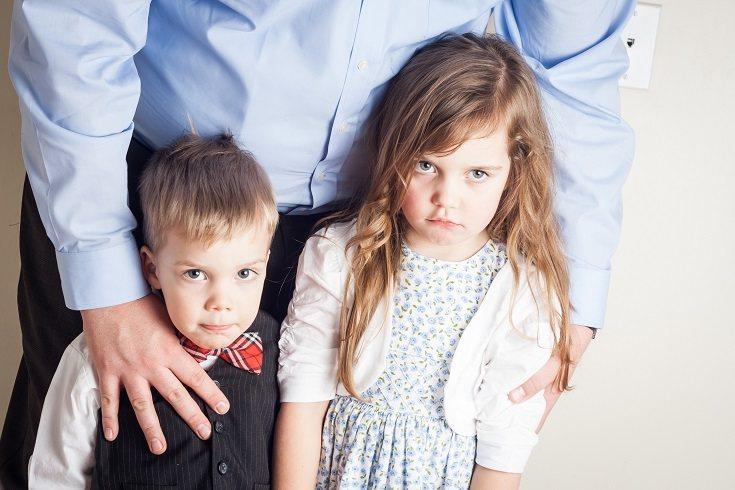 La desventaja de la paternidad permisiva es que los niños no son mini adultos