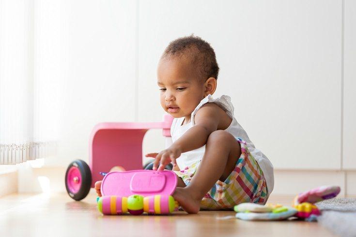 Los bebés nacen con piel oscura de color casi púrpura