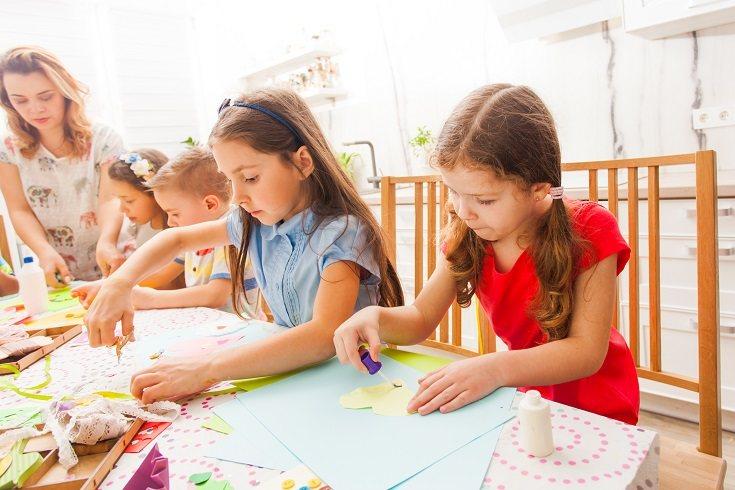 El profesor del aula es el docente principal y el responsable de la materia que se imparte en clase