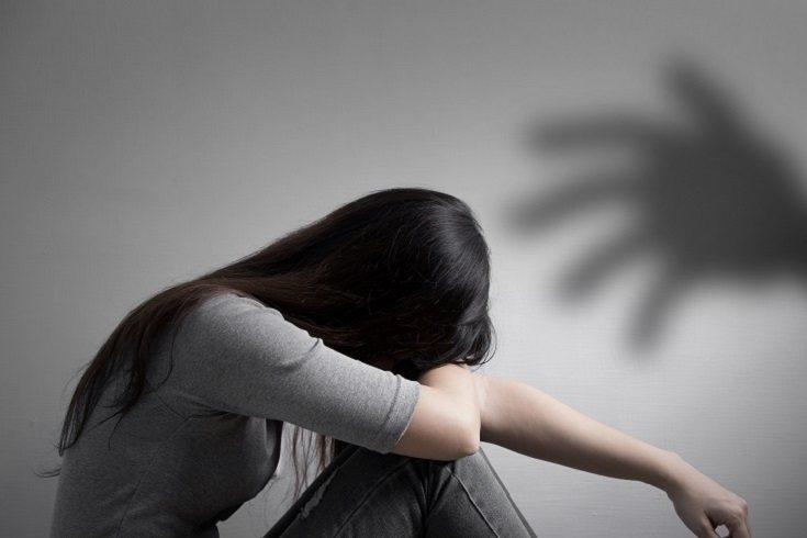 Los padres deben actuar de la misma manera que en cualquier otro caso de acoso
