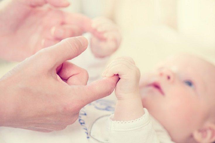 Es a los cinco meses desde el nacimiento cuando el bebé utiliza el sentido del olfato
