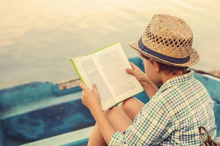 La poesía es entre los géneros literarios el que se ocupa de la belleza