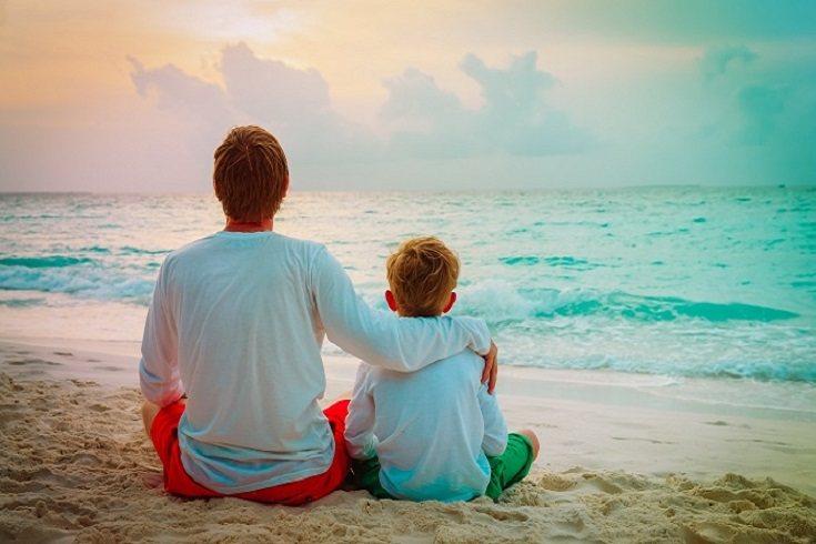 Habla con tu hijo sobre los problemas que está teniendo con sus amigos
