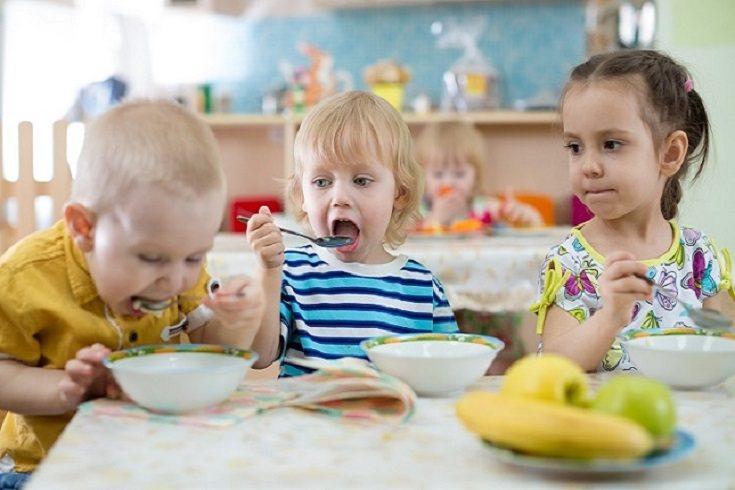 Los productos lácteos tampoco pueden faltar en la dieta de ningún niño
