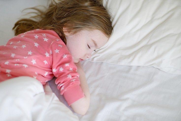 Hay niños que desde siempre han dormido menos horas de las que realmente necesitaban