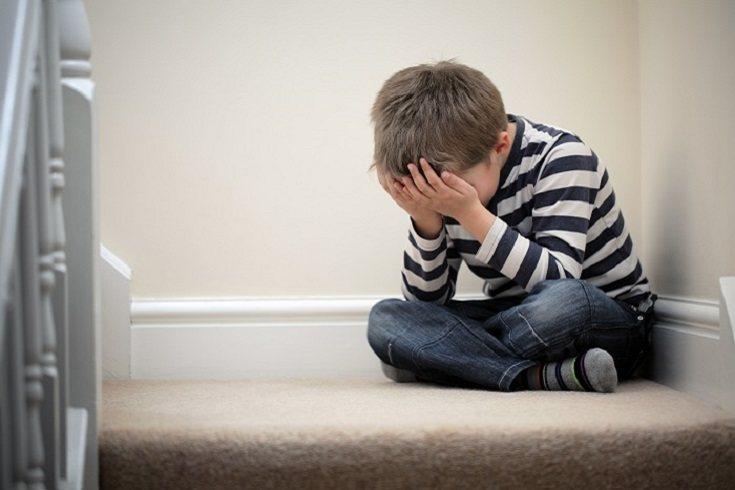 El ambiente inestable en el entorno infantil puede tener efectos negativos
