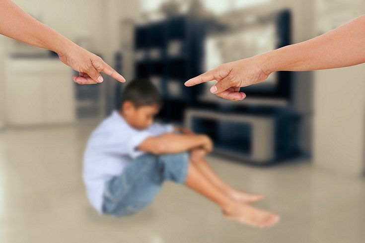 Un padre narcisista a menudo parece ser la madre o el padre del año para el mundo