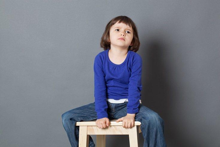 Los padres y maestros utilizan disciplina positiva para modificar el comportamiento