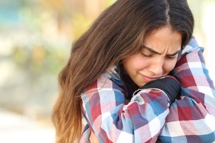 Cuando un adolescente comienza a llorar, pregúntale qué le pasa