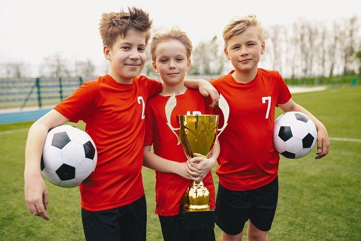 Algunos padres creen que los deportes competitivos fomentan la agresión