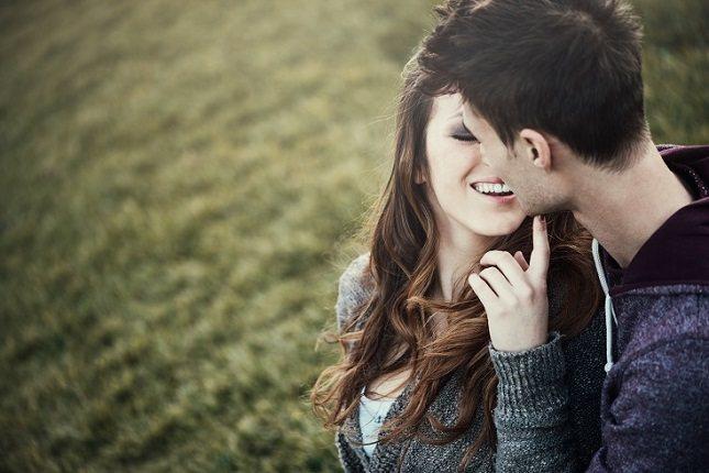 Establecer límites físicos entre los adolescentes románticos será imprescindible