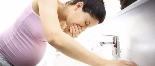 Náuseas durante el embarazo: causas, complicaciones y tratamientos