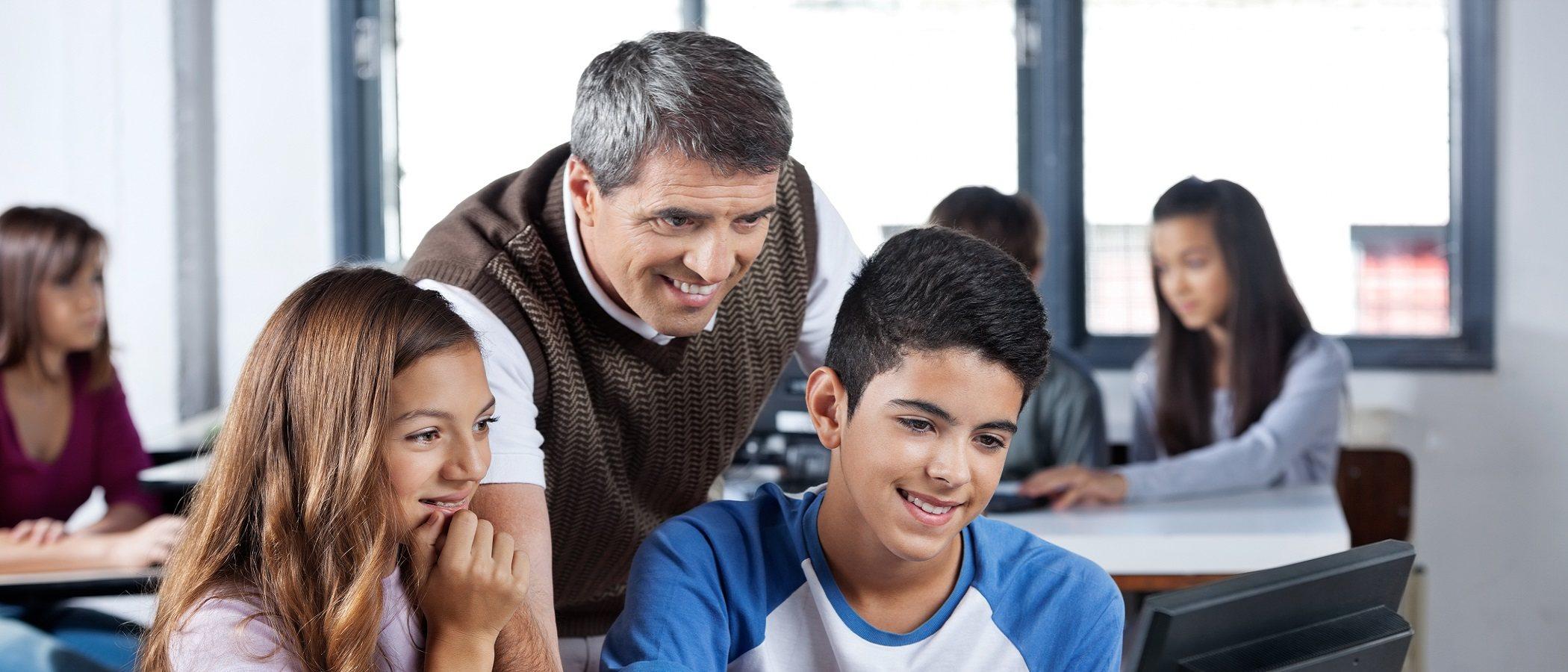 Los maestros son los héroes de la escuela