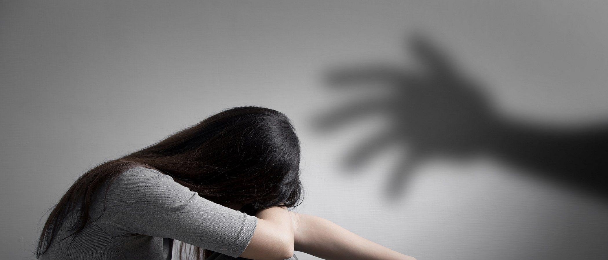 Cómo hablar con los adolescentes sobre acoso sexual
