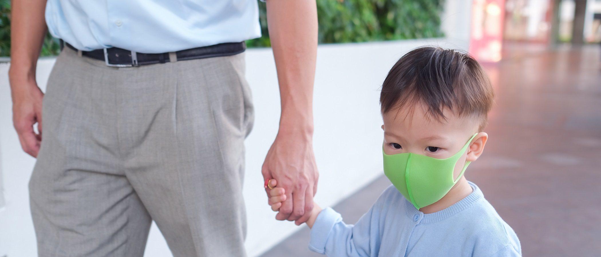 Cómo diferenciar los síntomas del Coronavirus de los del catarro o la alergia en un niño