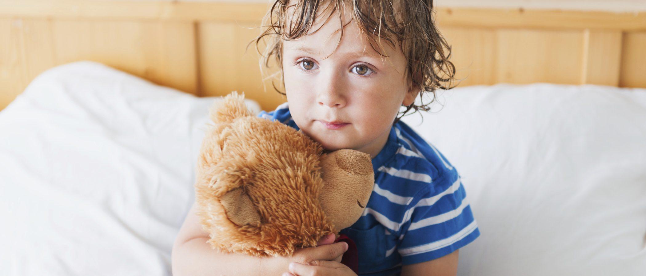 Mi hijo moja la cama, ¿cómo reaccionar?