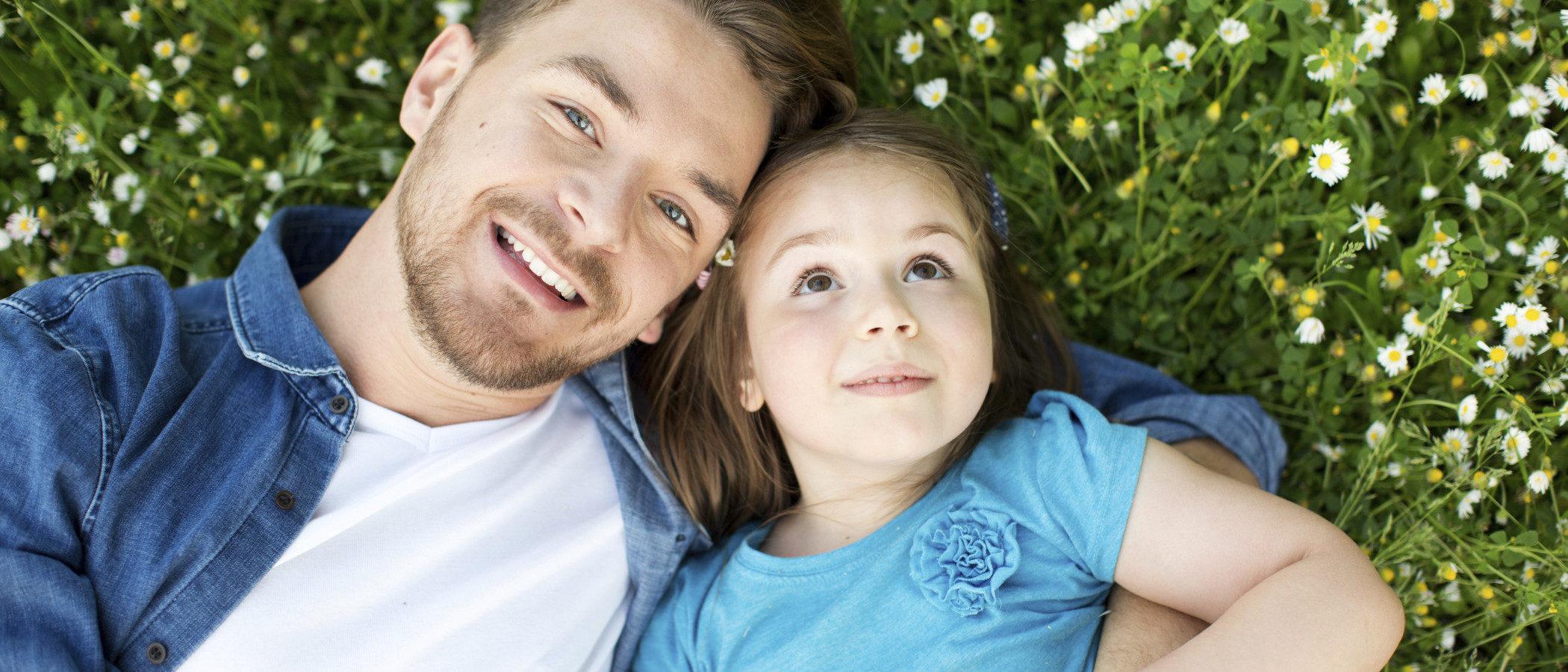 Celebrar el Día del Padre con la pareja de tu madre