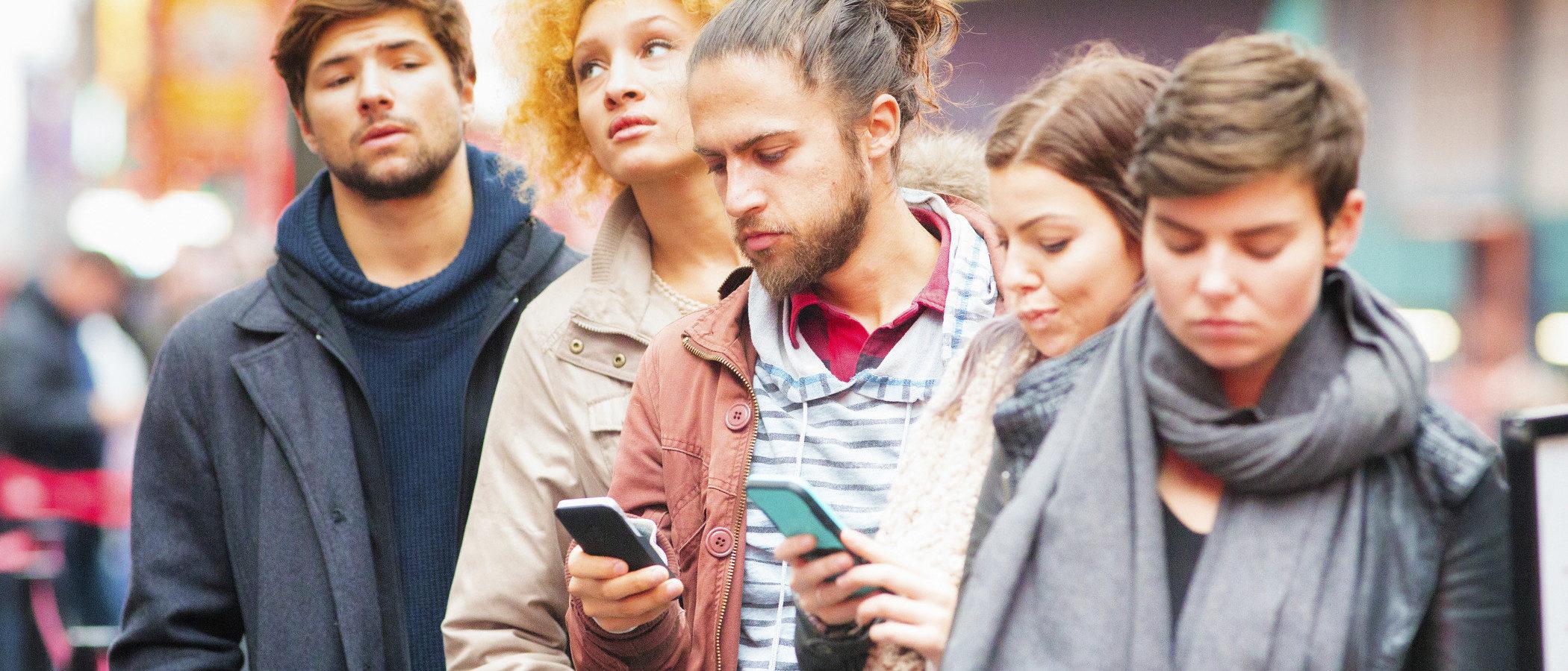 Tus hijos en Line: aprende a usar esta mensajería instantánea