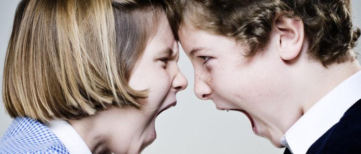 Peleas entre hermanos: cómo afrontarlas y conseguir paz familiar