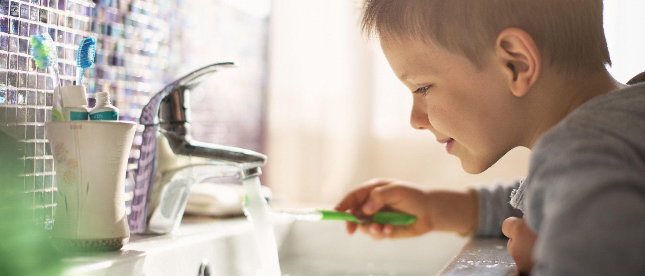 La higiene bucal en niños y adolescentes