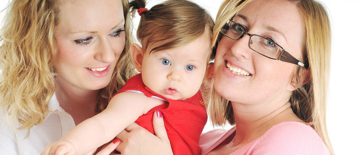 ¿Cómo puedo ser madre en España si soy lesbiana?