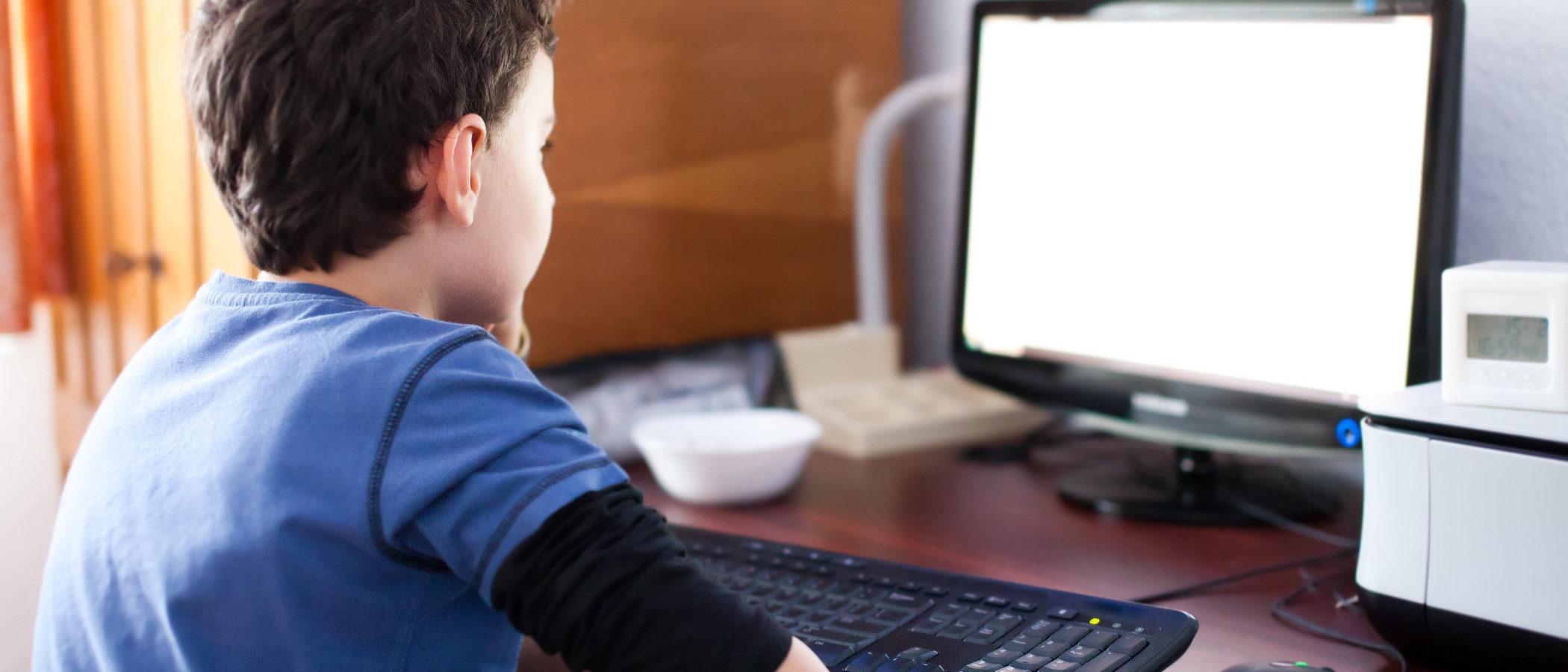 Control parental: ¿necesidad o intromisión en la vida de tu hijo?