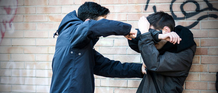 Cómo actuar ante un hijo agresivo y no dejar crecer este problema