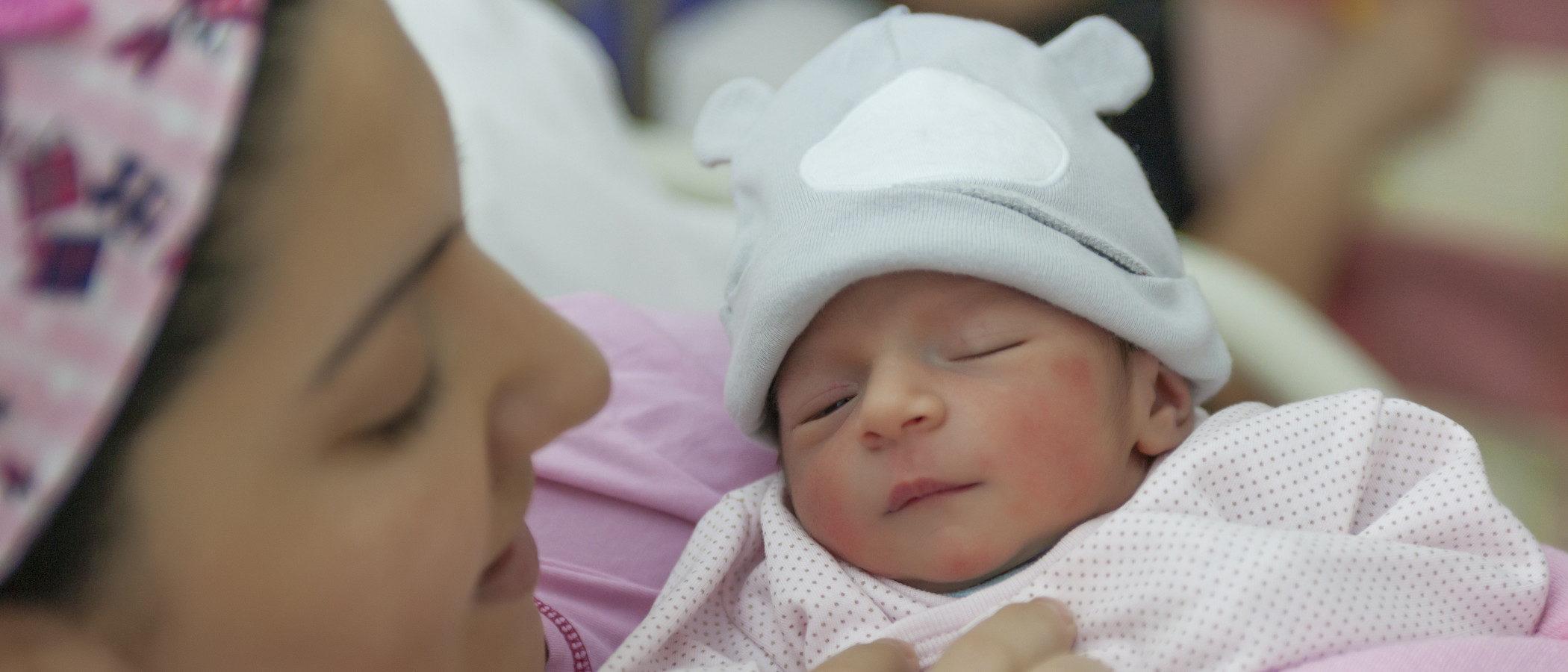 ¿Qué siente el bebé durante el parto?