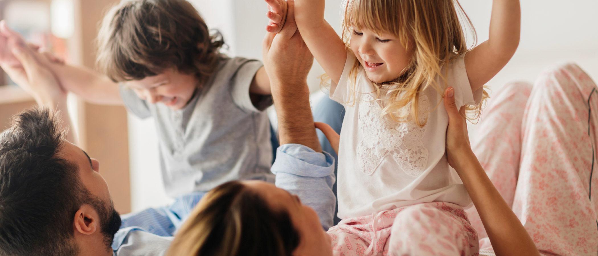 10 razones por las que debemos jugar con nuestros hijos