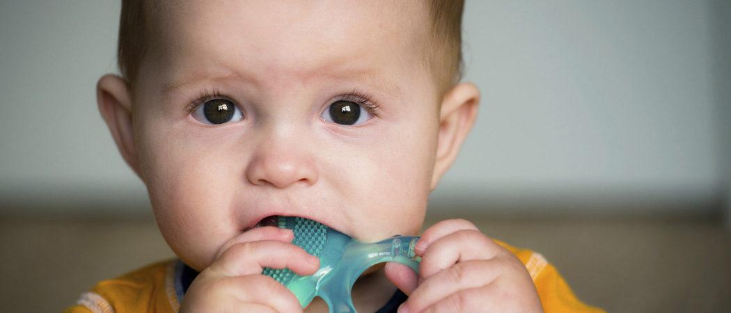 El nacimiento tardío de los dientes del bebé