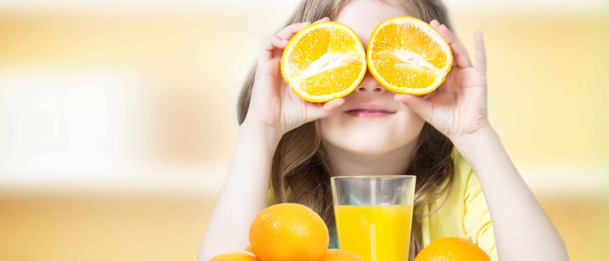 El zumo de naranja en niños, ¿puedo quitar la pulpa?
