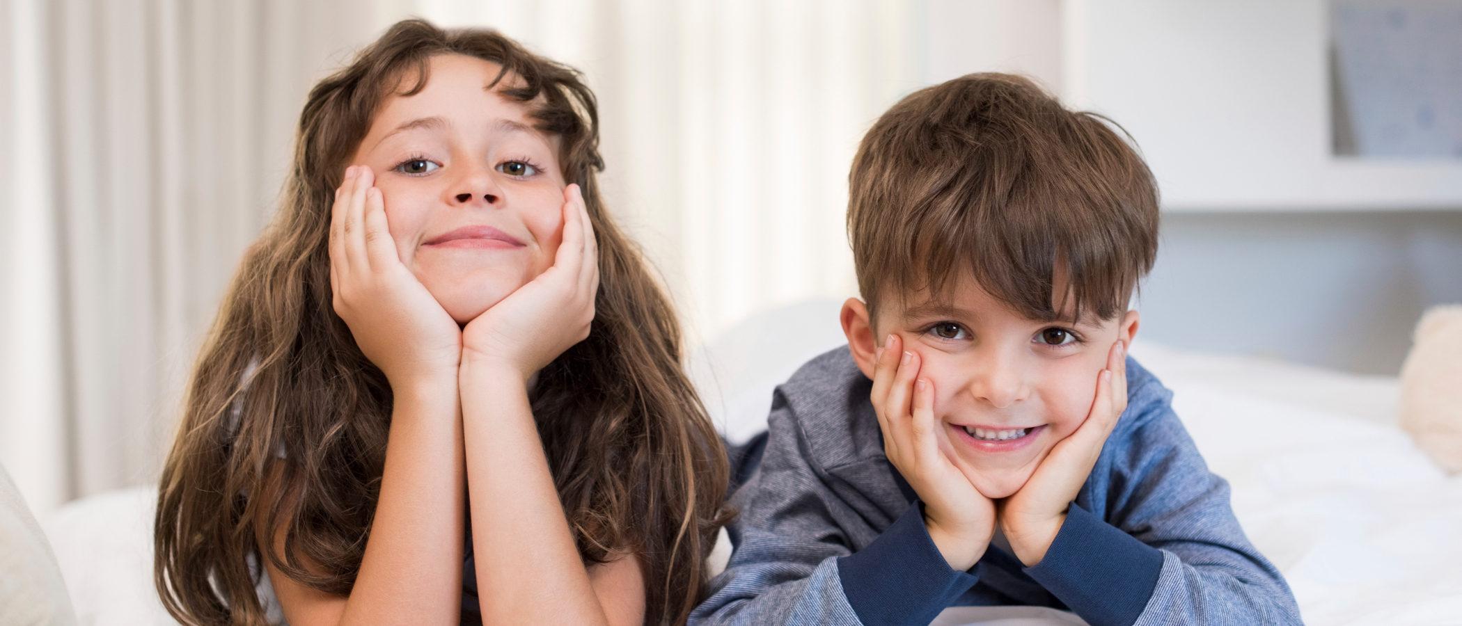 Cómo enseñar a los hermanos a compartir