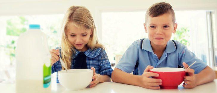 ¿Qué tareas domésticas pueden hacer los hijos según su edad?