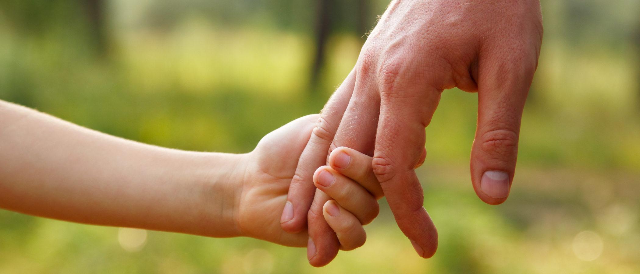 ¿Qué pasa con los niños si se quedan huérfanos?