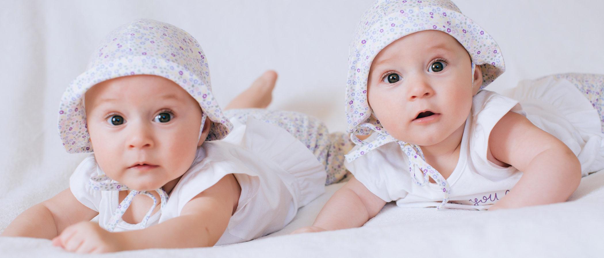 ¿Qué nombres elegir para una pareja de gemelas o mellizas?