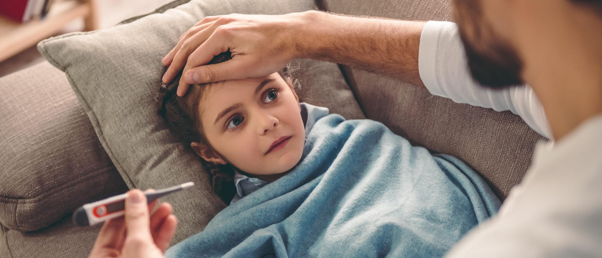 ¿Qué hacer si mi hijo dice estar enfermo para no ir al colegio?