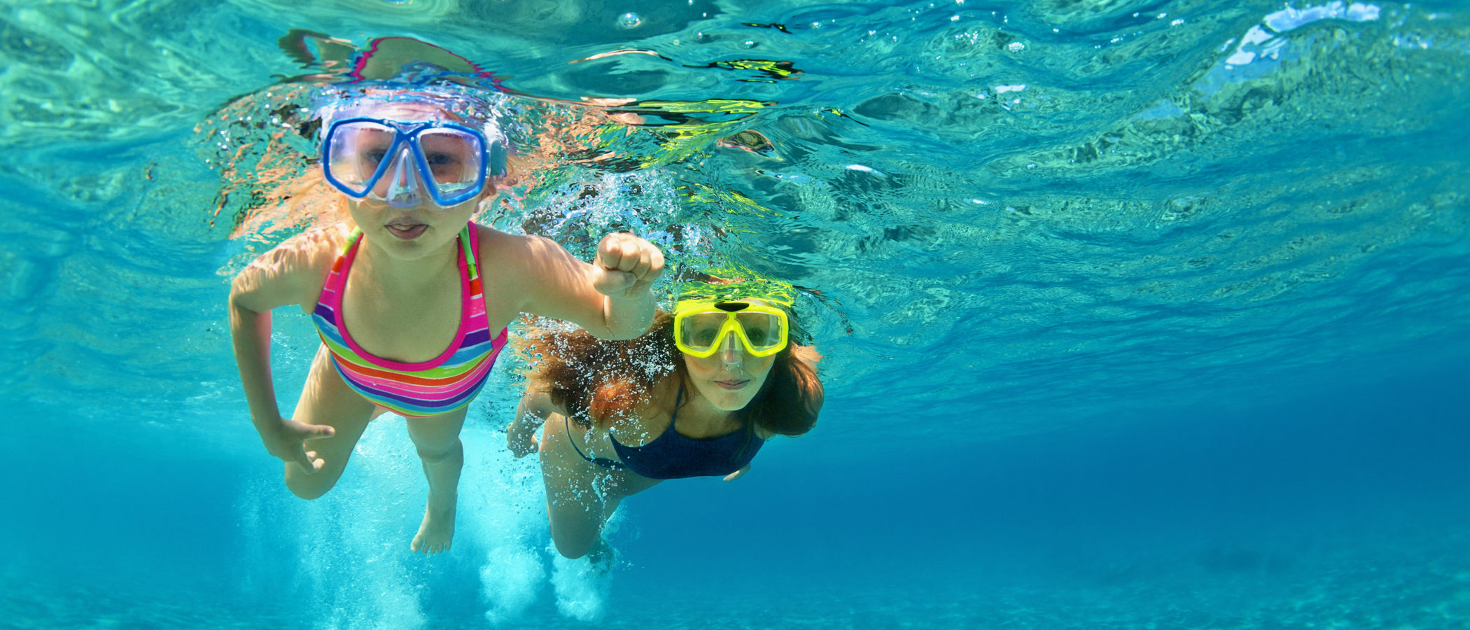 ¿A qué edad es recomendable que un niño aprenda a nadar?