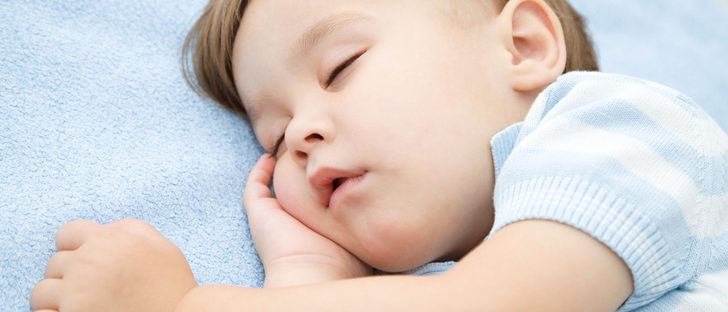 Causas de los ronquidos en niños