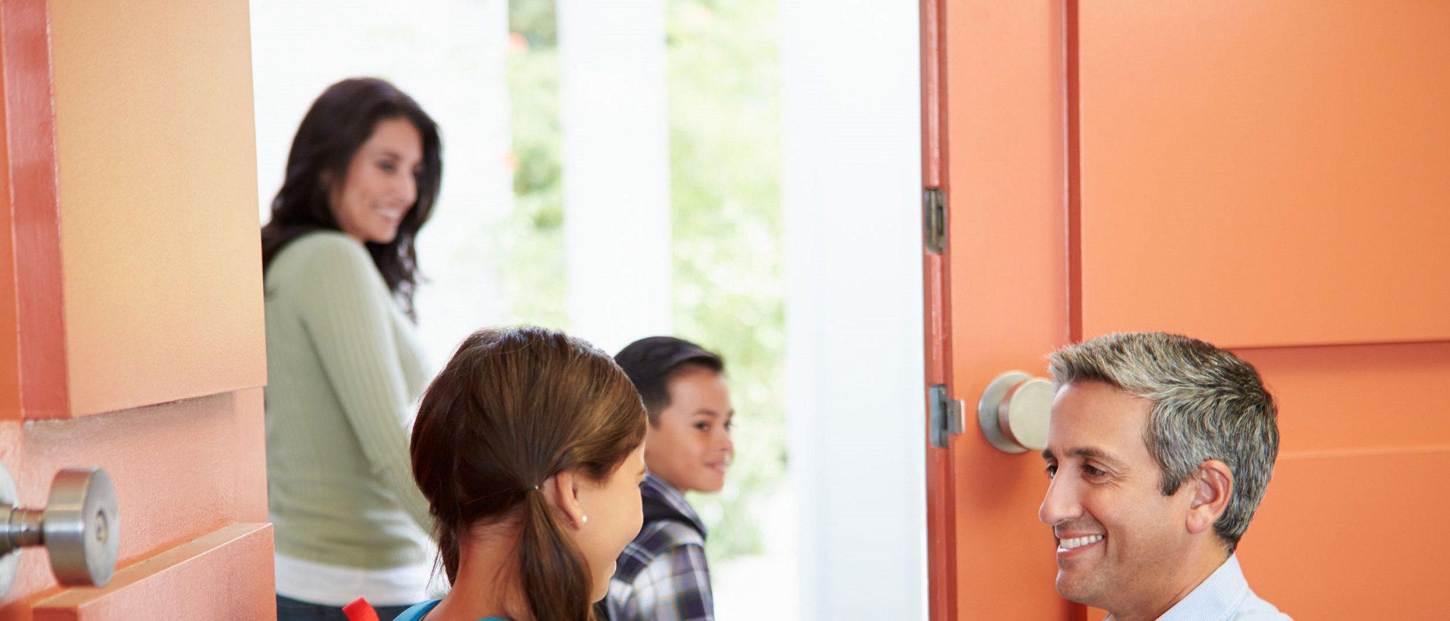 Por qué es importante tener una rutina de despedida con tus hijos