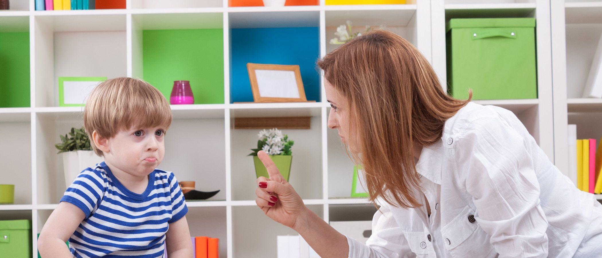 Cómo disciplinar a un niño