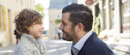 Cómo explicar a los niños pequeños que existen personas malas